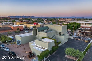 3625 N BISHOP Lane, Scottsdale, AZ 85251