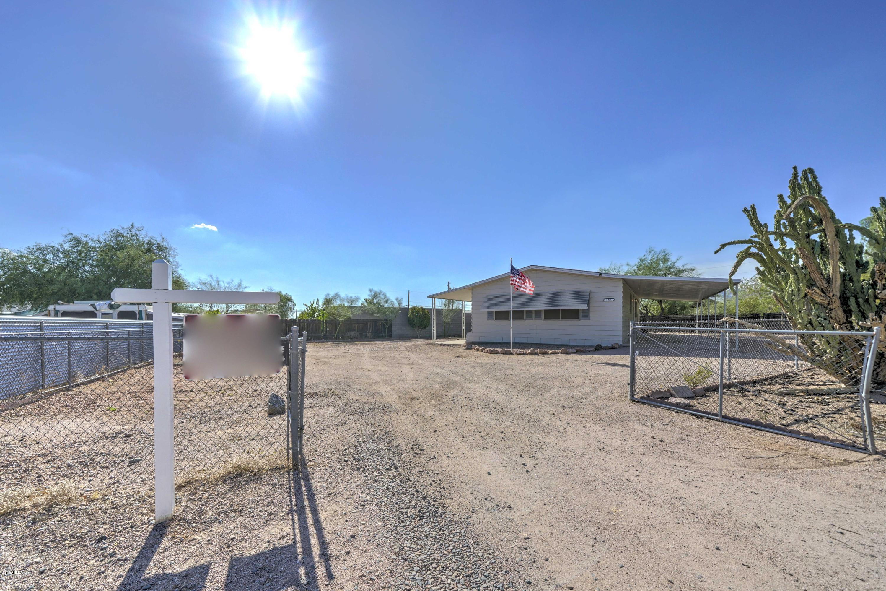 Photo of 1916 W ROUNDUP Street, Apache Junction, AZ 85120