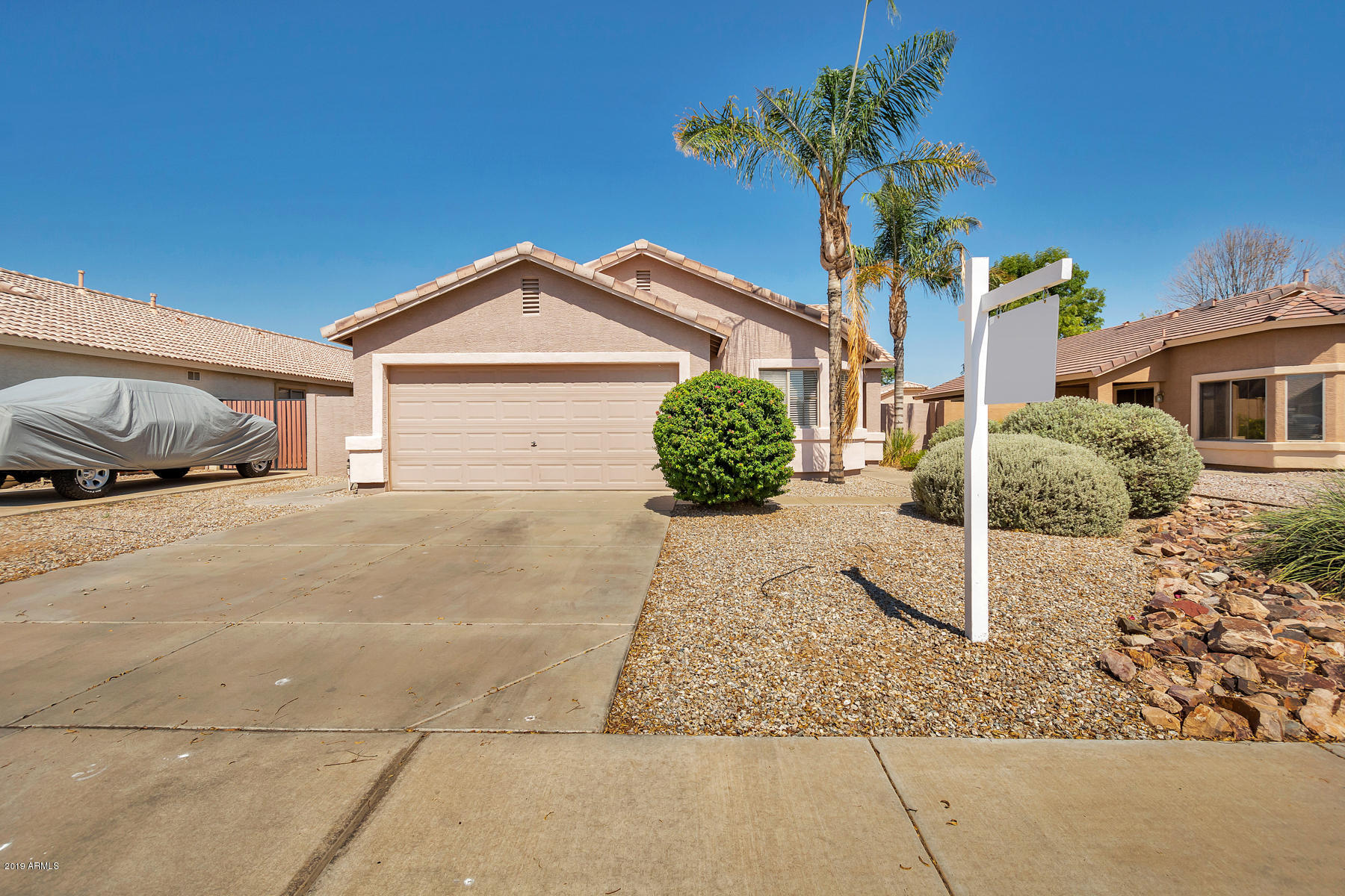Photo of 3792 S JOSHUA TREE Lane, Gilbert, AZ 85297