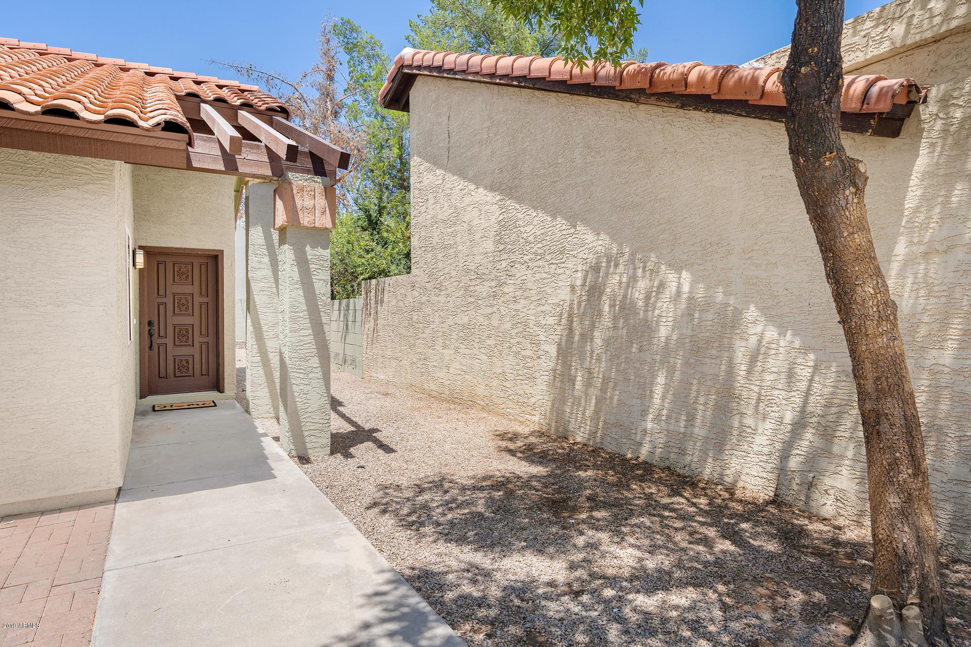 Photo of 1040 S 21ST Street, Mesa, AZ 85204