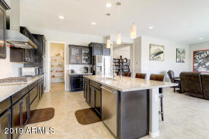 18389 W GOLDENROD Street, Goodyear, AZ 85338