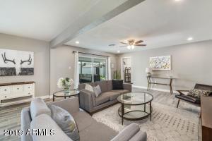8725 E Rancho Vista Drive, Scottsdale, AZ 85251
