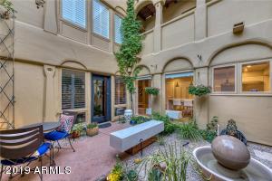 3302 E CAMPBELL Avenue, 7, Phoenix, AZ 85018