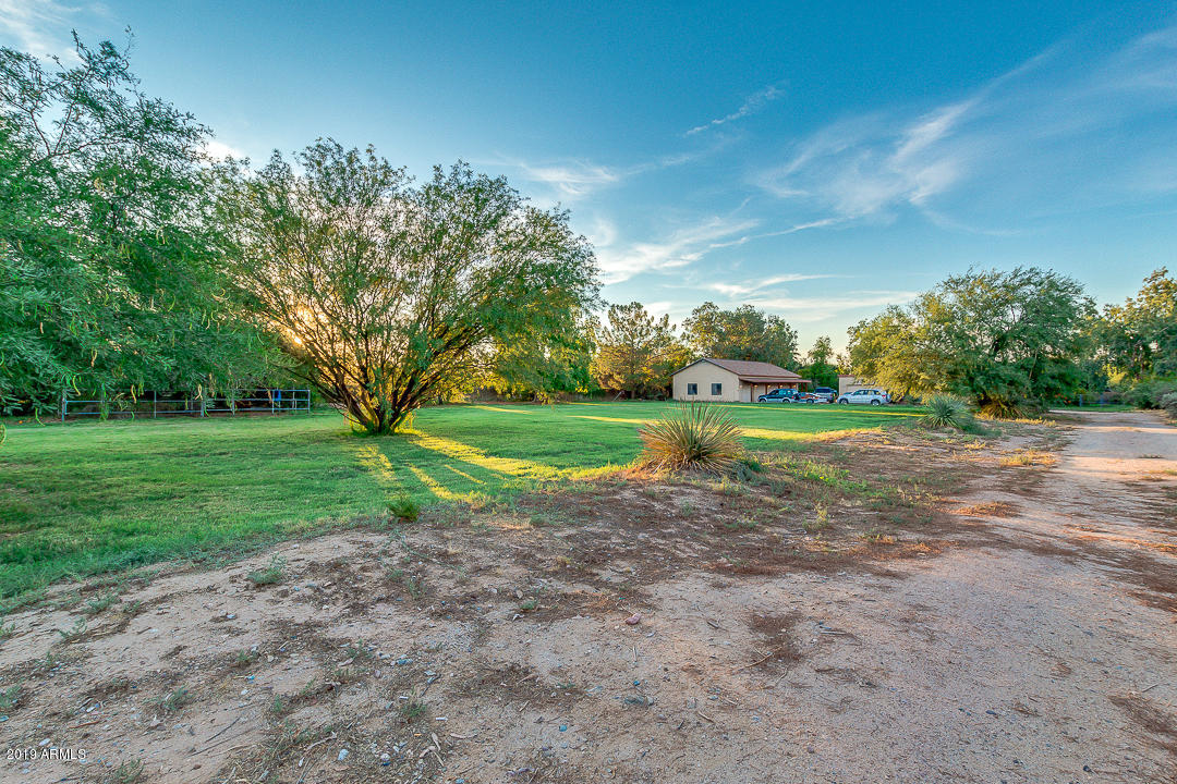 Photo of 19016 E HUNT Highway, Queen Creek, AZ 85142