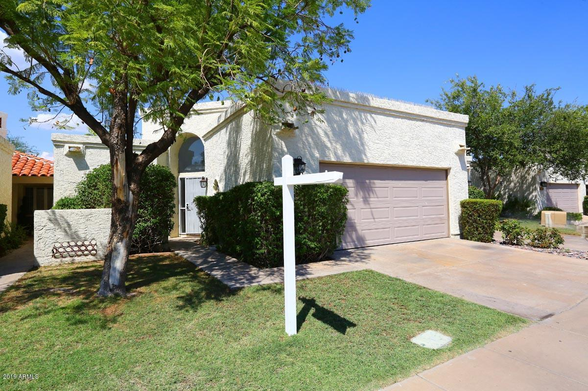 716 E CORTE ORO Drive, one of homes for sale in Phoenix North