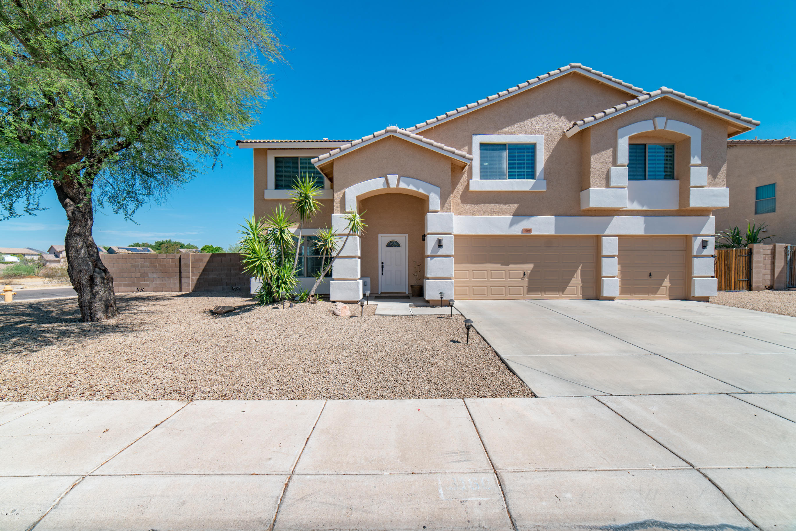 3160 W Zachary Drive, Deer Valley, Arizona