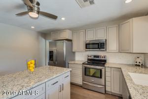 4643 W TOWNLEY Avenue, Glendale, AZ 85302