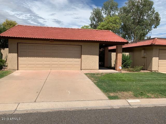 Photo of 5220 E TAMBLO Drive, Phoenix, AZ 85044