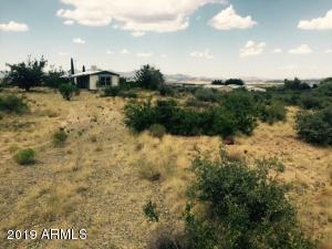 8260 W CARNABY Lane, Kirkland, AZ 86332