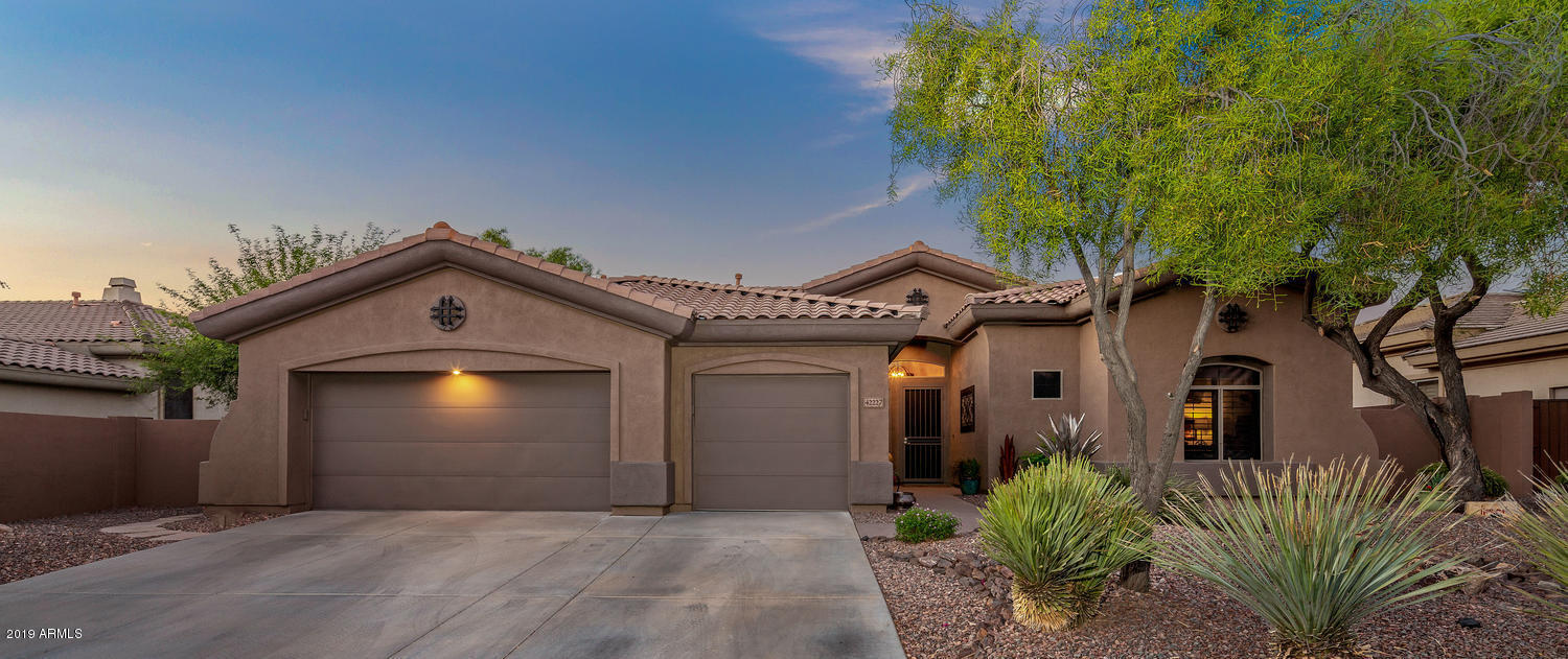 42227 N STONEMARK Drive, Anthem, Arizona