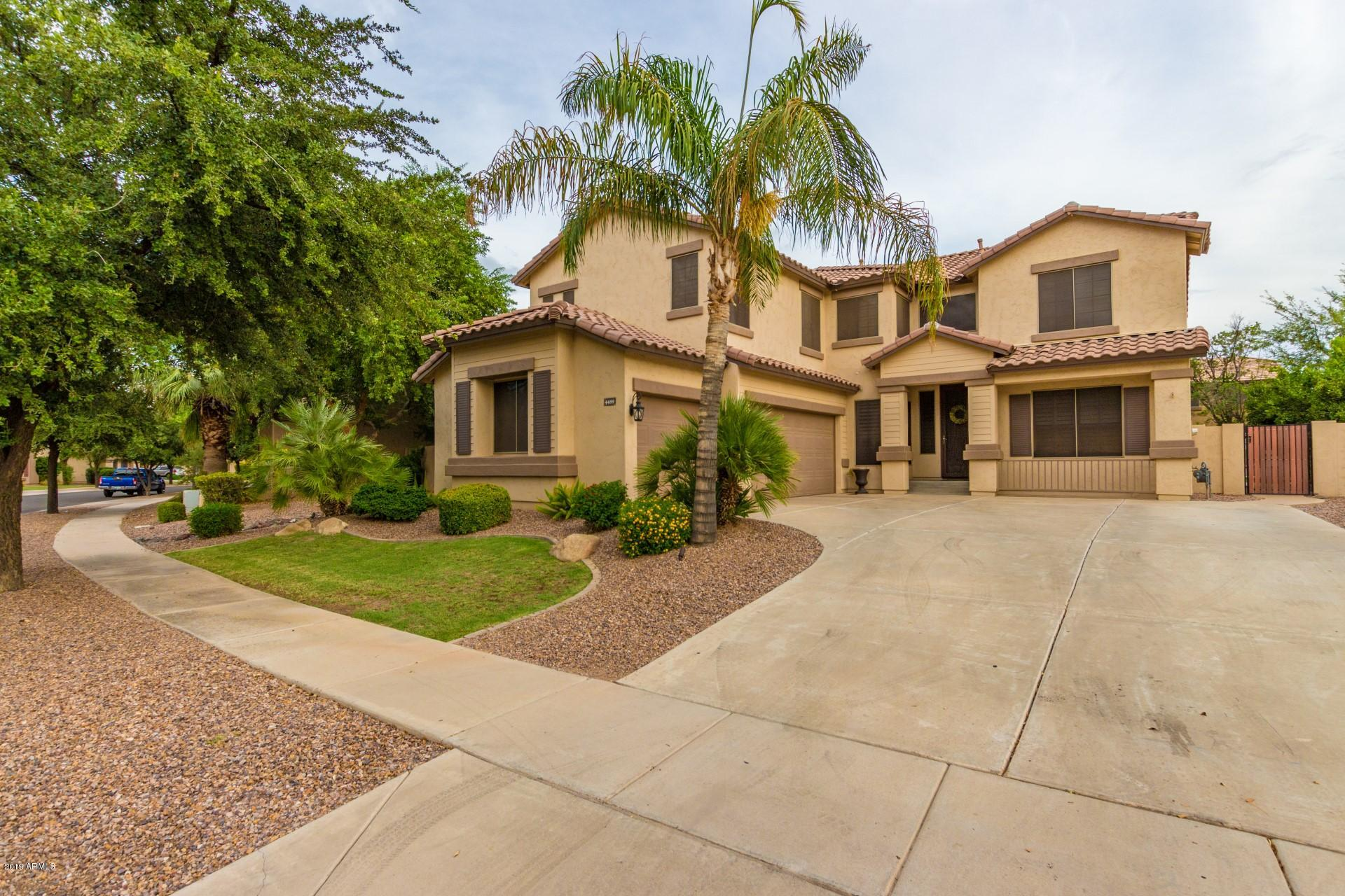 Photo of 4489 E MARSHALL Avenue, Gilbert, AZ 85297