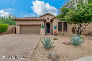 2763 N RAVEN Drive, Mesa, AZ 85207