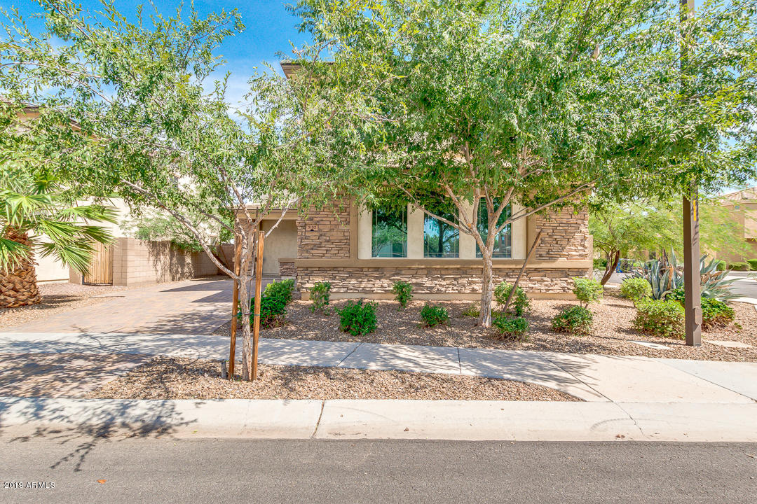 Photo of 3152 E FRANKLIN Avenue, Gilbert, AZ 85295