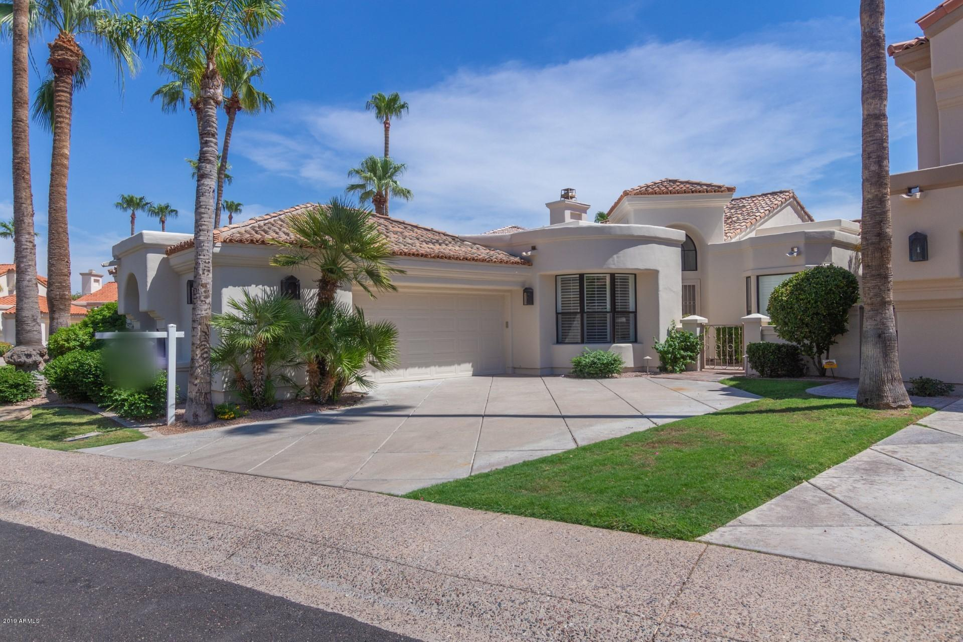 Photo of 10117 E BAYVIEW Drive, Scottsdale, AZ 85258
