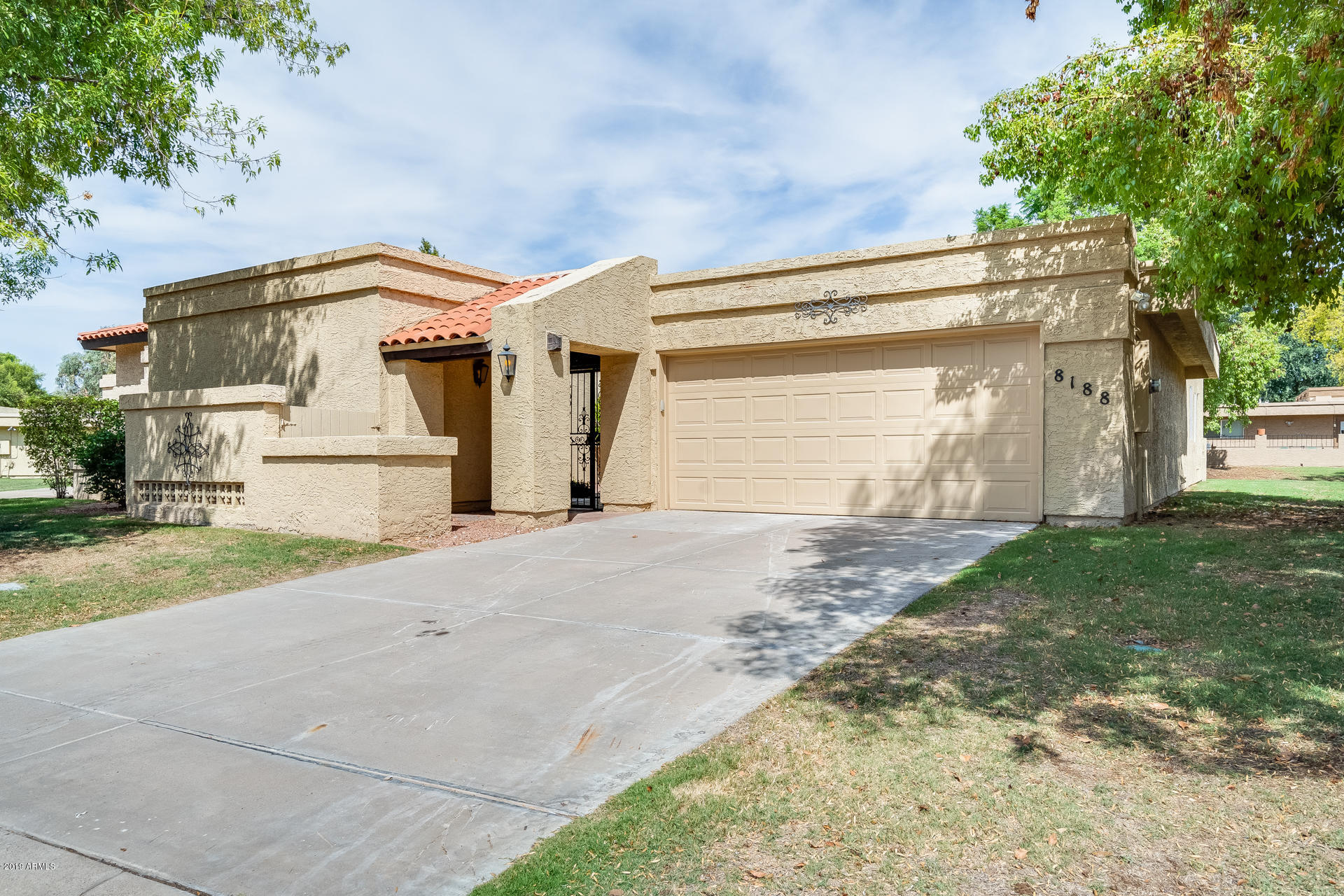 8188 E DEL CAVERNA Drive, McCormick Ranch, Arizona