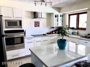 8226 E PLAZA Avenue, Scottsdale, AZ 85250