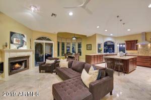 9135 N 100TH Place, Scottsdale, AZ 85258