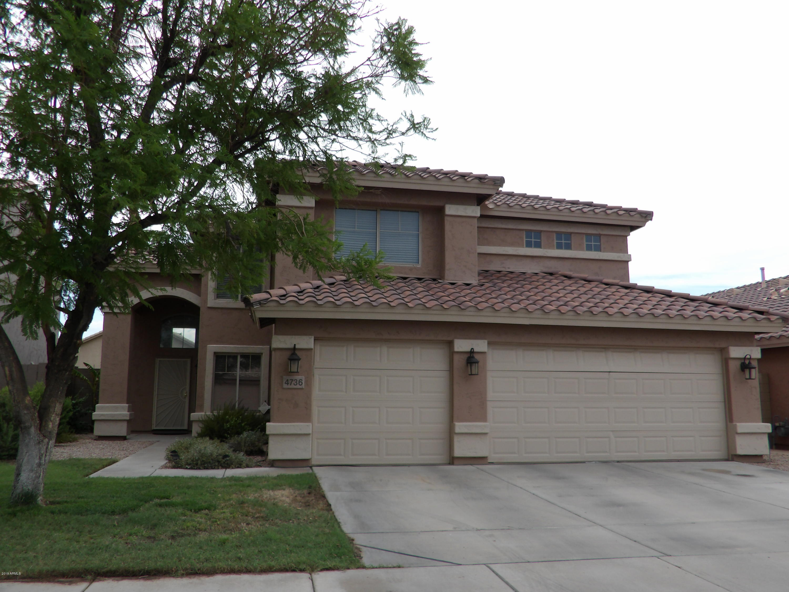 Photo of 4736 E SOUTH FORK Drive, Phoenix, AZ 85044
