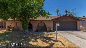 620 N MEADOWS Drive, Chandler, AZ 85224