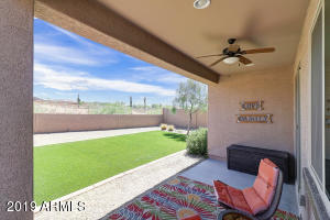 17569 W SUMMIT Drive, Goodyear, AZ 85338