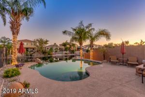 901 E LA COSTA Place, Chandler, AZ 85249