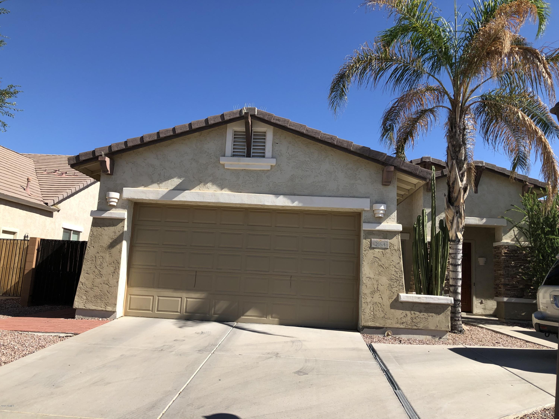 Photo of 2164 E CANYON Place, Chandler, AZ 85249
