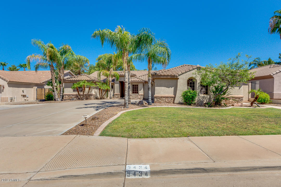 Photo of 5434 E GABLE Avenue, Mesa, AZ 85206