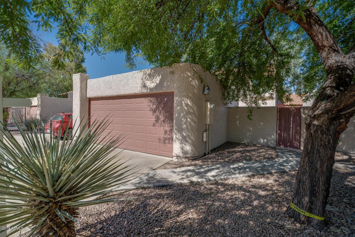 Photo of 1832 S River Drive, Tempe, AZ 85281