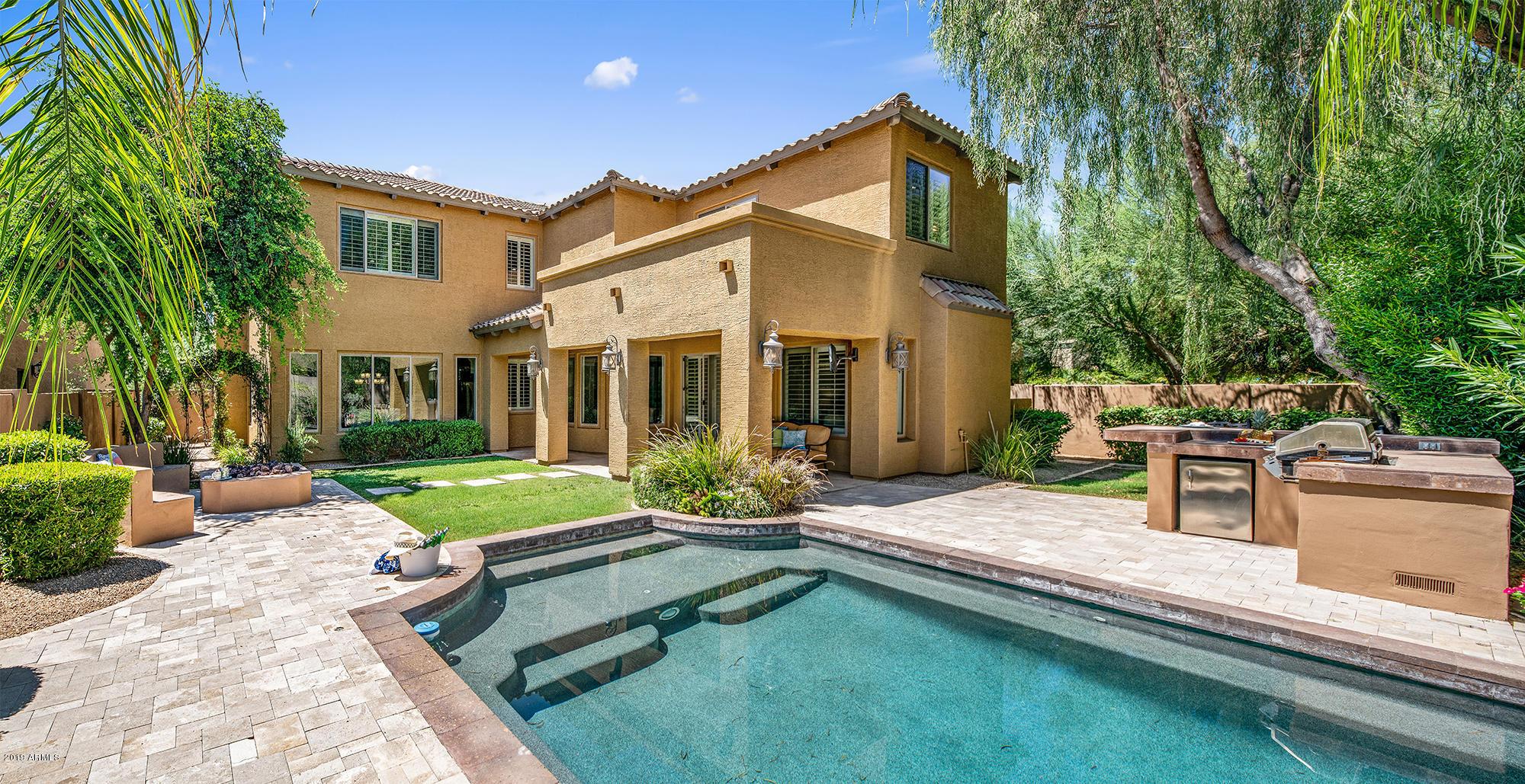 3818 E HERRERA Drive, Phoenix North, Arizona