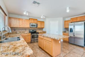 22530 W ASHLEIGH MARIE Drive, Buckeye, AZ 85326