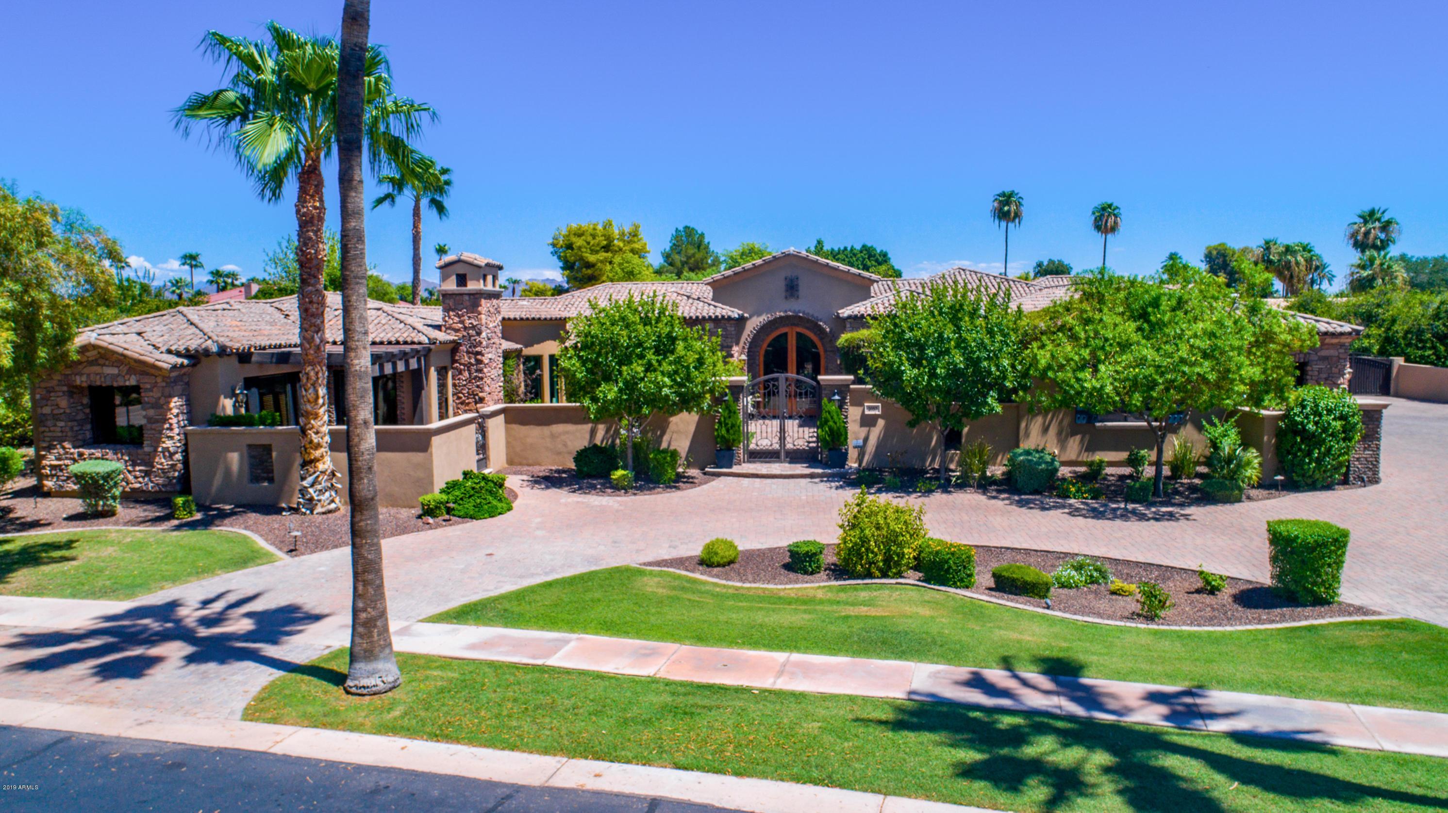 Photo of 2057 N POMELO Street, Mesa, AZ 85215