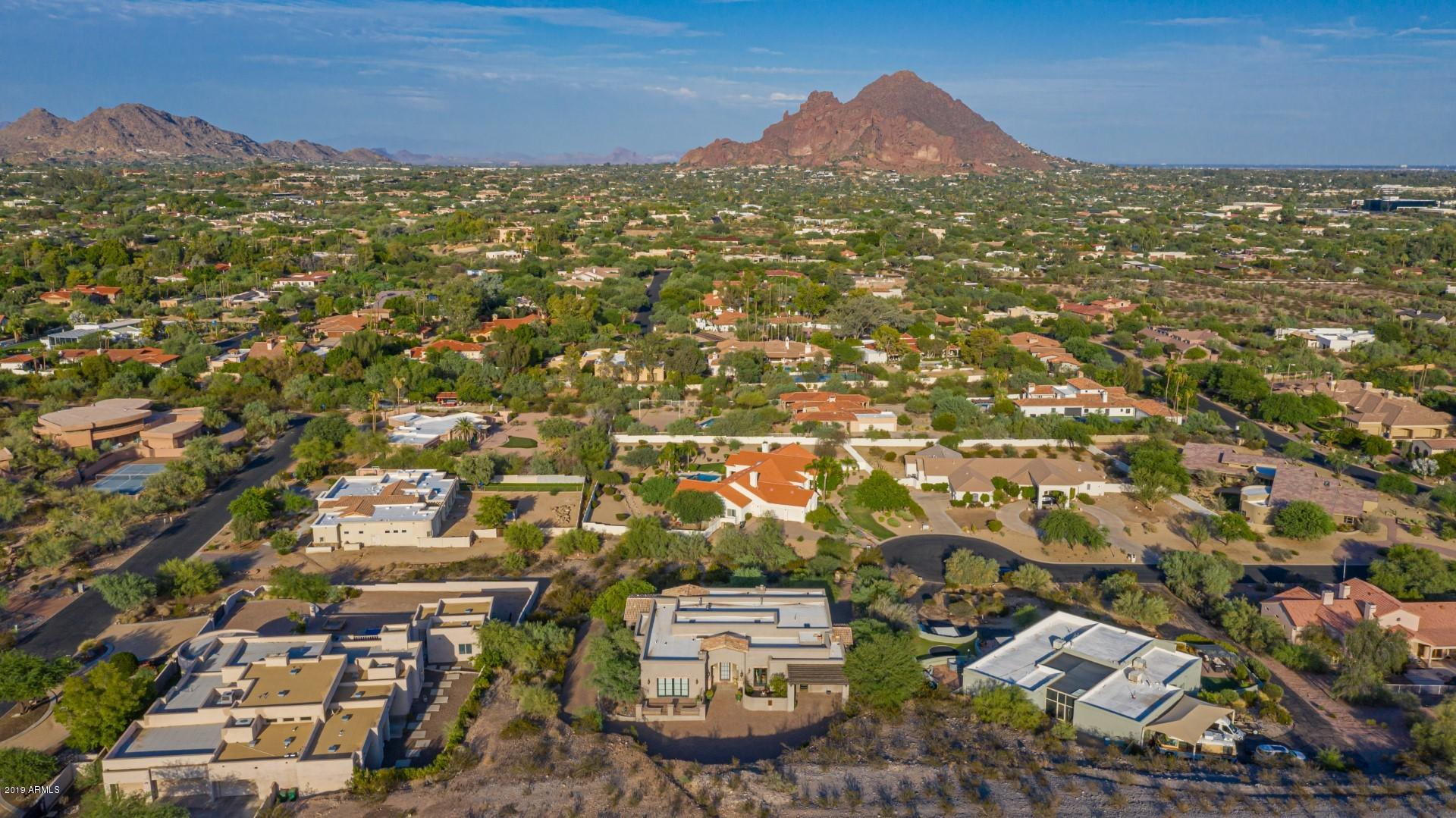 One of Paradise Valley Homes for Sale at 7540 N LAKESIDE Lane