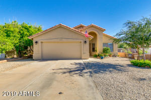 795 W 5TH Avenue, Apache Junction, AZ 85120