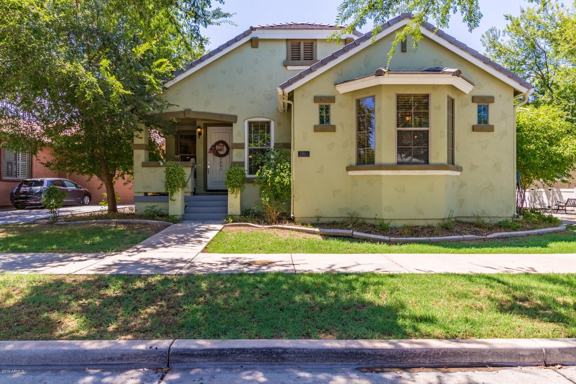 Photo of 2861 E CAMELLIA Drive, Gilbert, AZ 85296