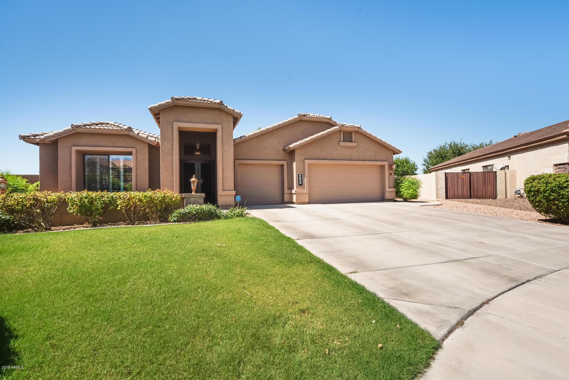 Photo of 3635 E LOMA VISTA Street, Gilbert, AZ 85295