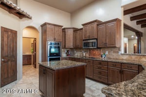 Kitchen with Granite Counters, Stainless Appliances and Knotty Alder Cabinets!