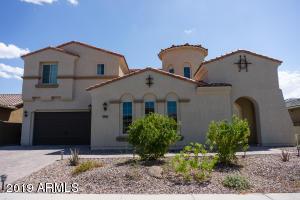2161 E TOMAHAWK Drive, Gilbert, AZ 85298