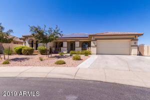 Fabulous, spacious Palm Valley Phase 5 Home with no neighbors behind!