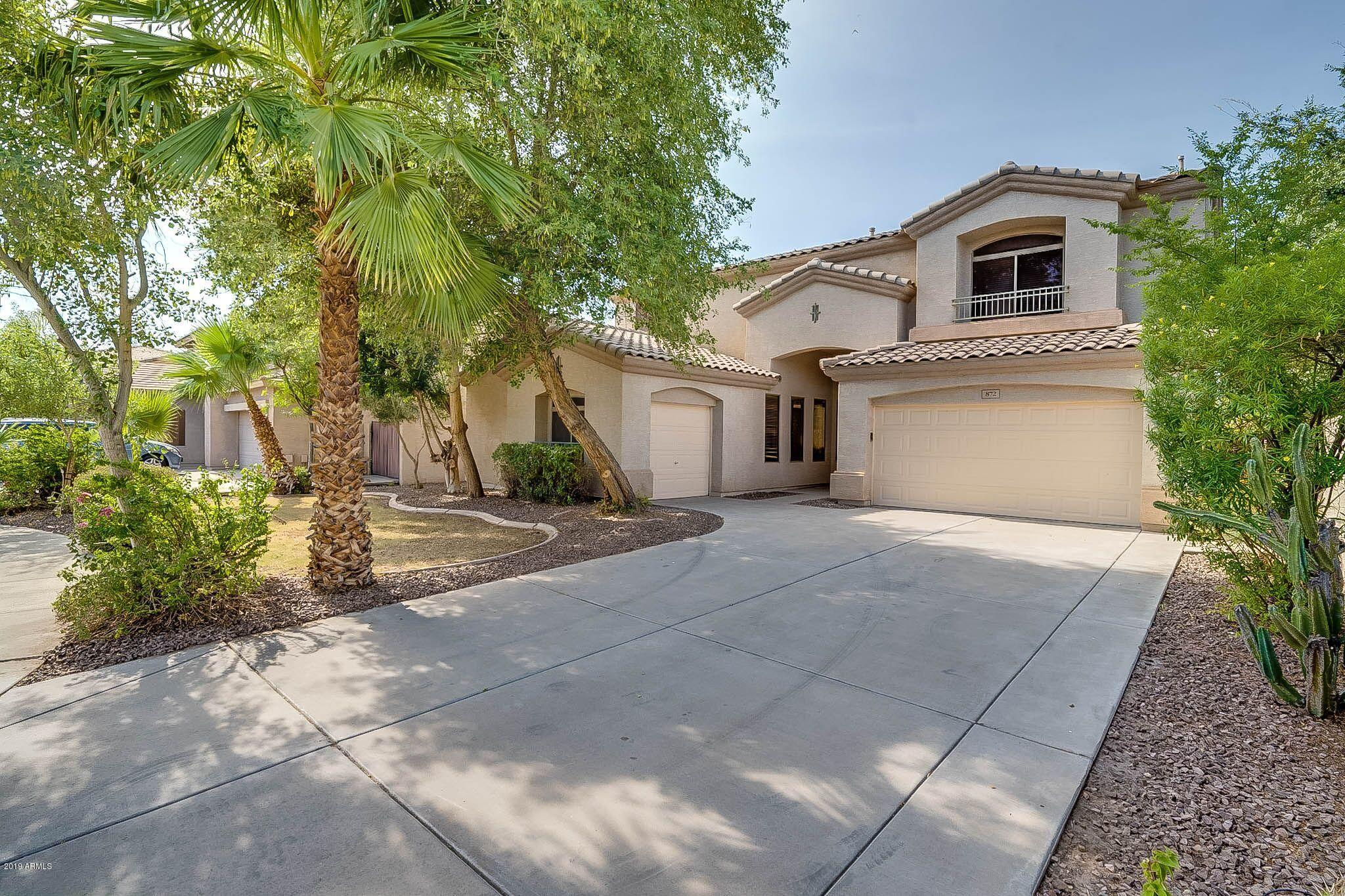 Photo of 872 E IVANHOE Court, Gilbert, AZ 85295