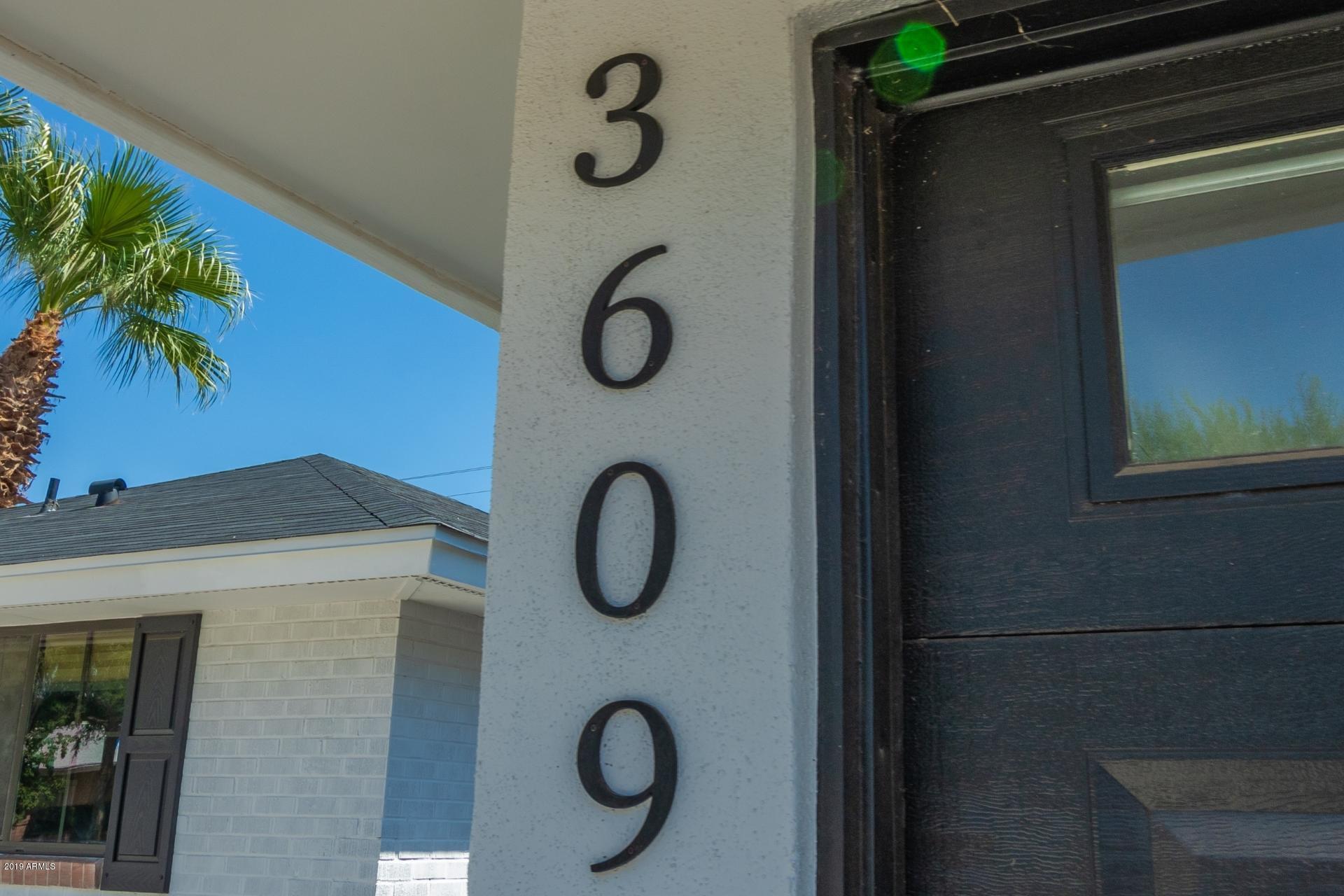 3609 E Clarendon Avenue
