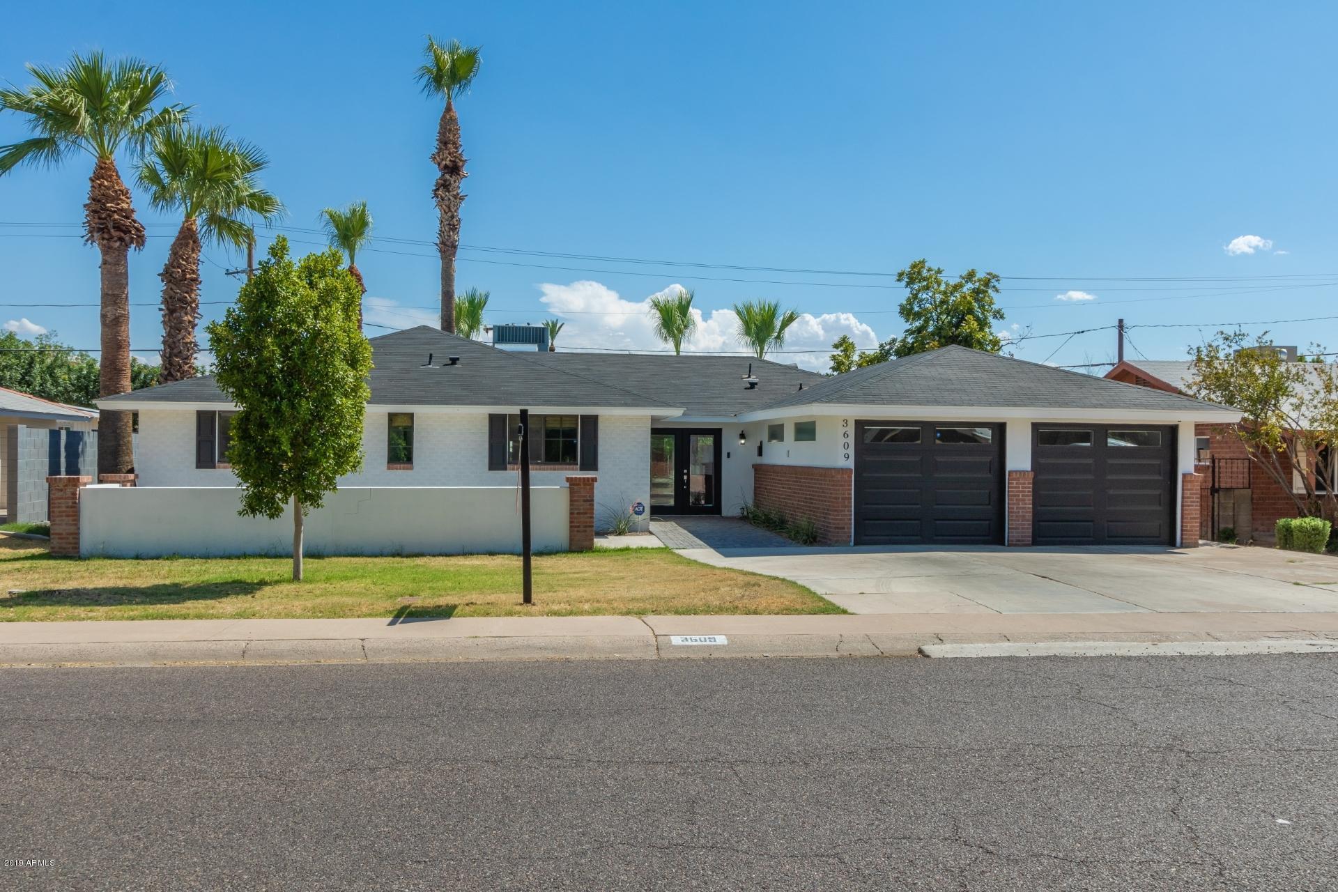 Photo of 3609 E CLARENDON Avenue, Phoenix, AZ 85018