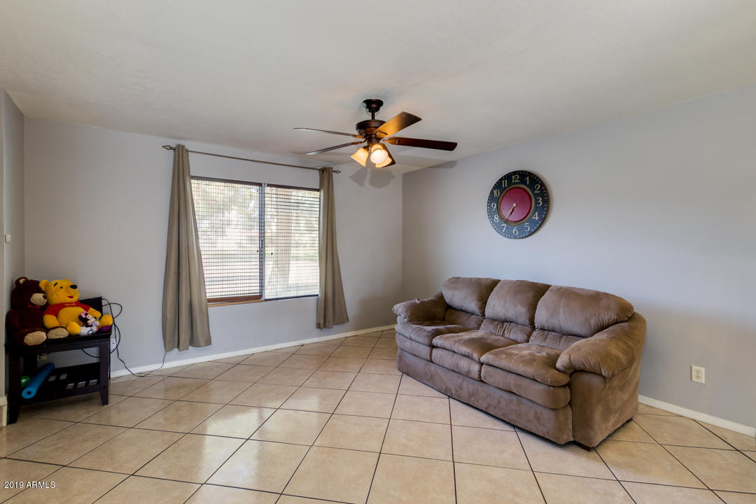 Photo of 3126 W HARMONT Drive, Phoenix, AZ 85051