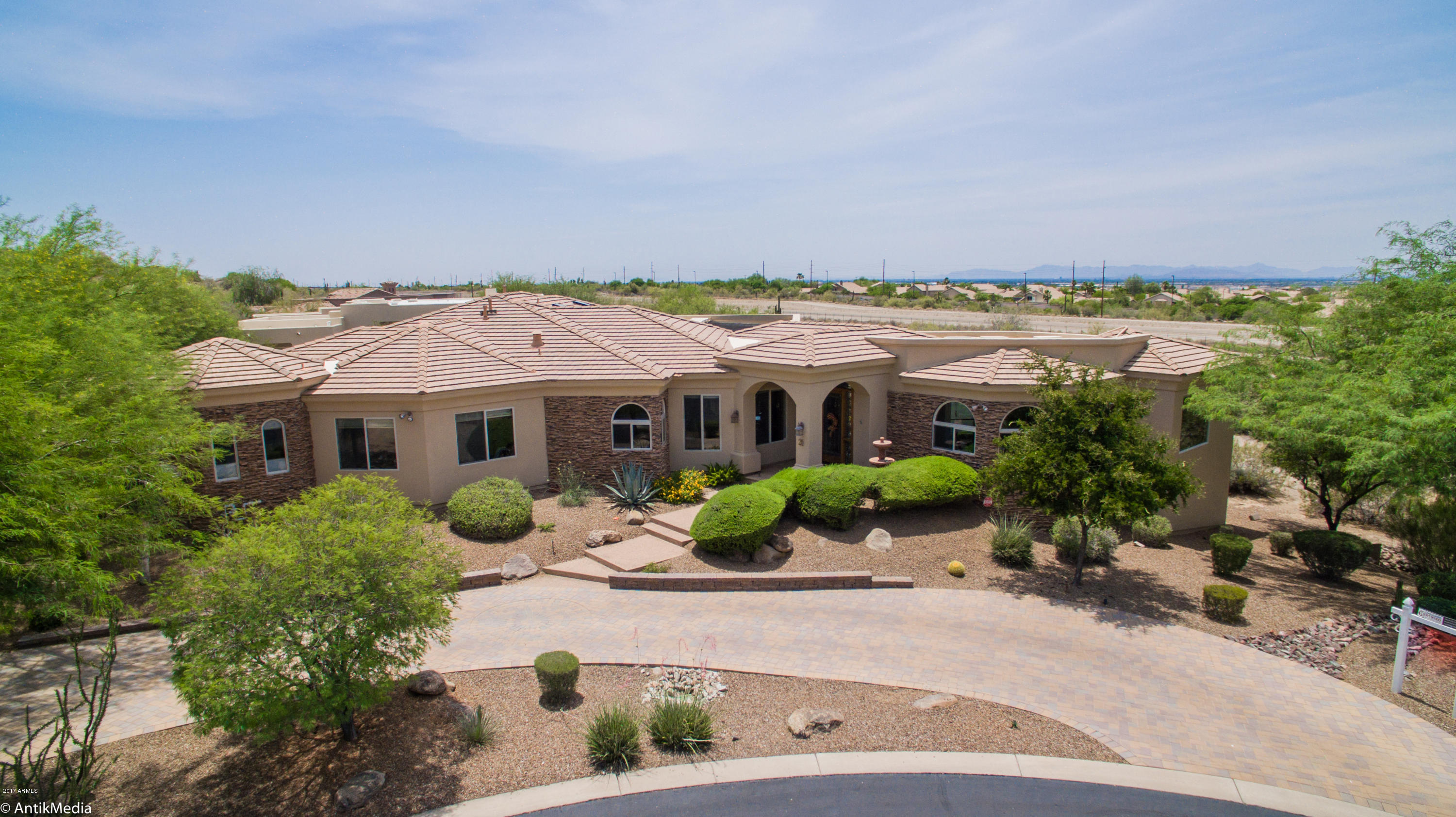 Photo of 7260 E EAGLE CREST Drive #20, Mesa, AZ 85207