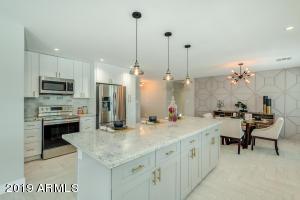 5213 E KINGS Avenue, Scottsdale, AZ 85254