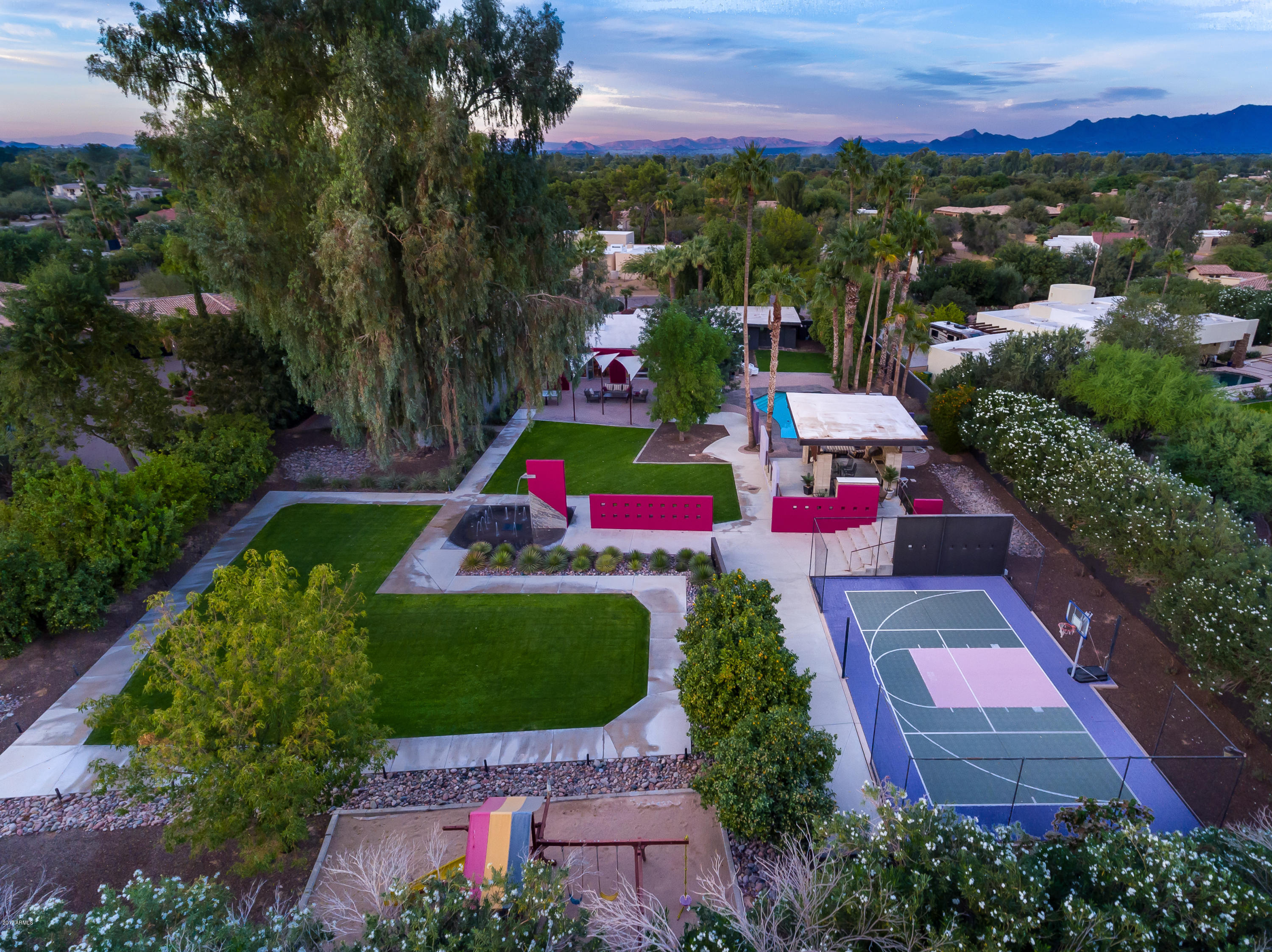 Photo of 6833 E BELMONT Circle, Paradise Valley, AZ 85253