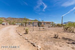2850 W SADDLE BUTTE Street, Apache Junction, AZ 85120