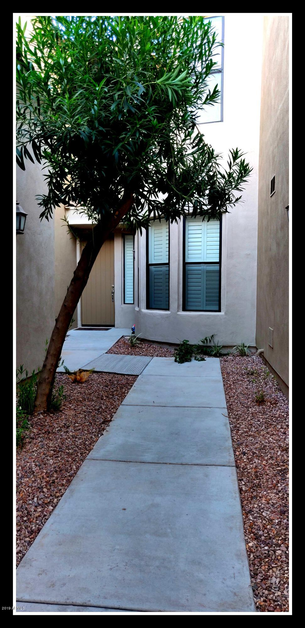 Photo of 3131 E LEGACY Drive #1043, Phoenix, AZ 85042