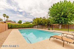 8707 E ROSE Lane, Scottsdale, AZ 85250