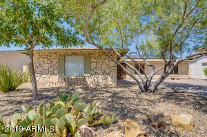 12026 S TOMI Drive, Phoenix, AZ 85044