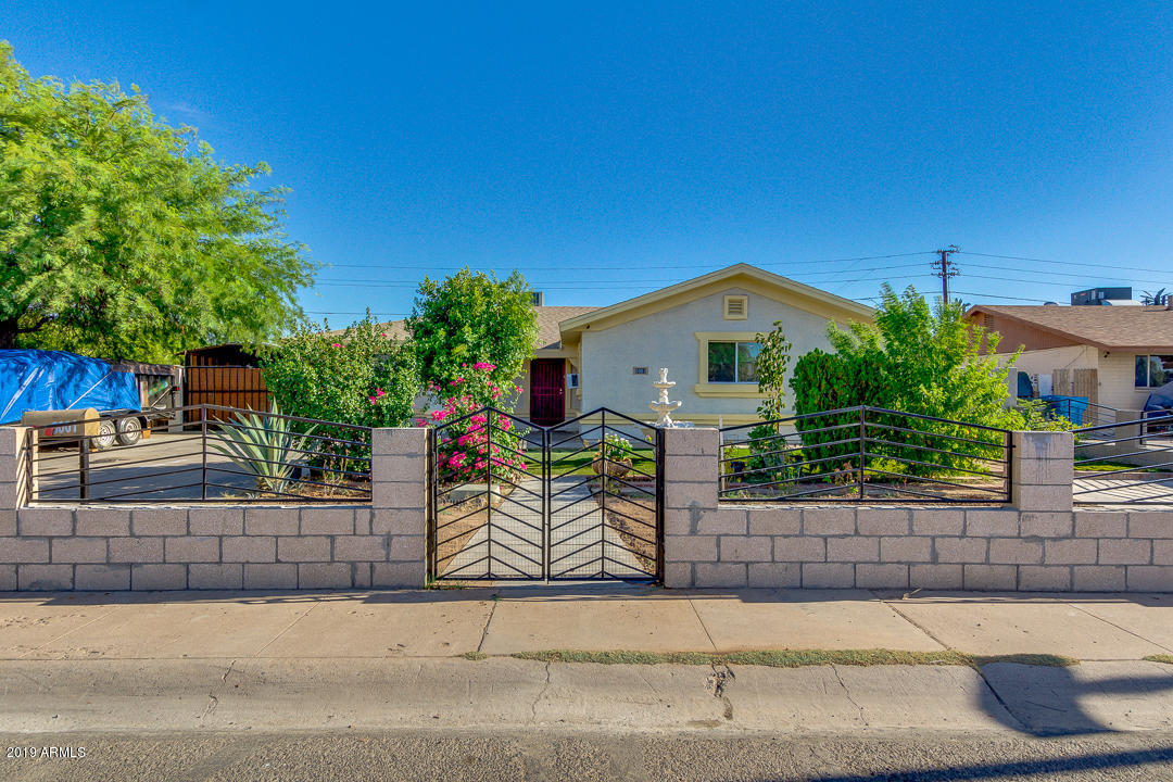 Photo of 5001 W VERDE Lane, Phoenix, AZ 85031